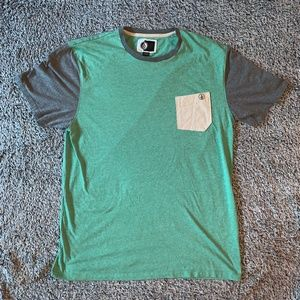 Volcom men's two tone t-shirt XL